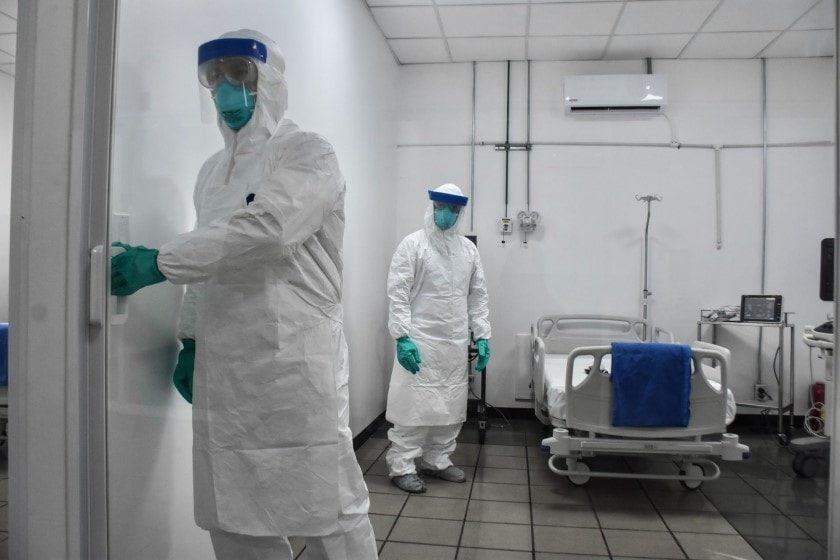 Médicos fueron infectados con coronavirus