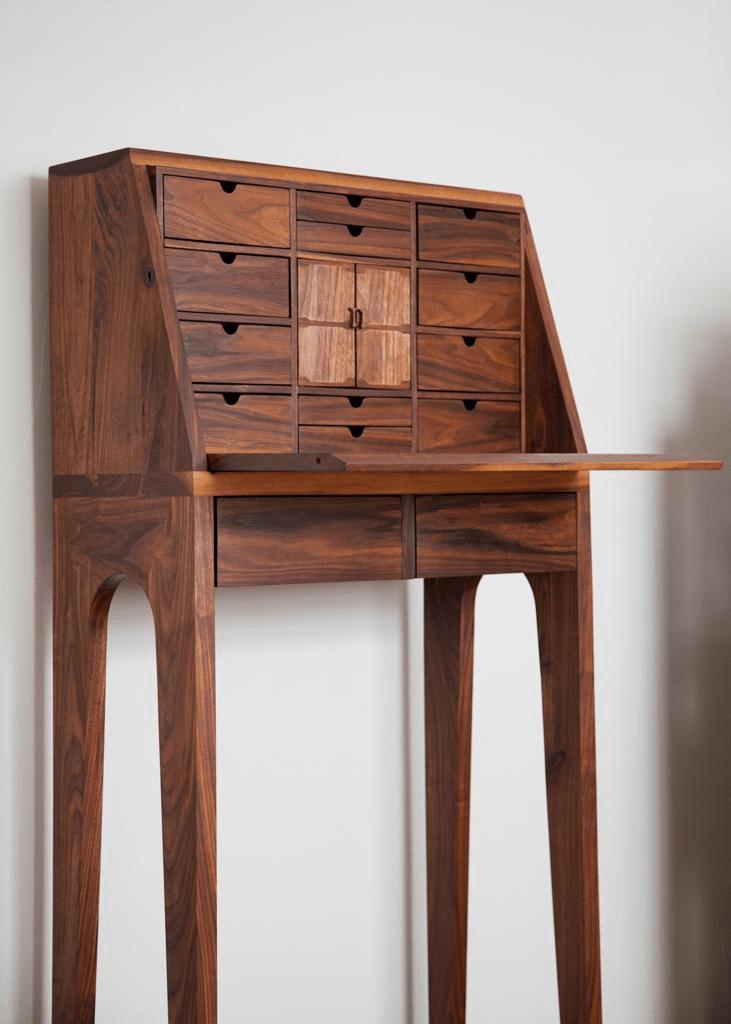 mueble renacentista de madera