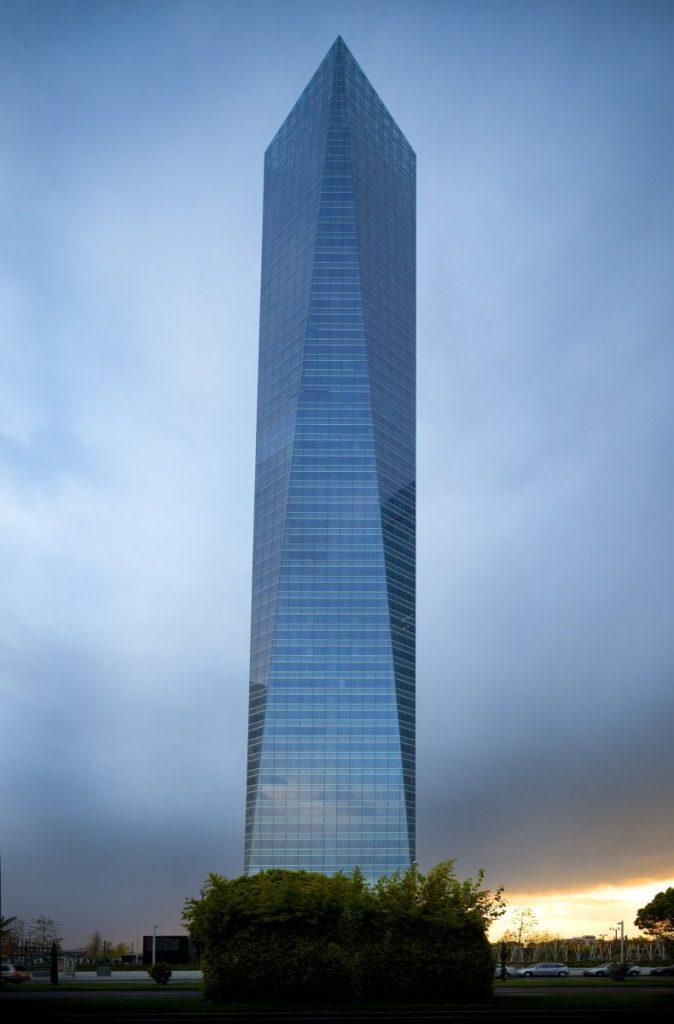 torre de cristal de Pelli