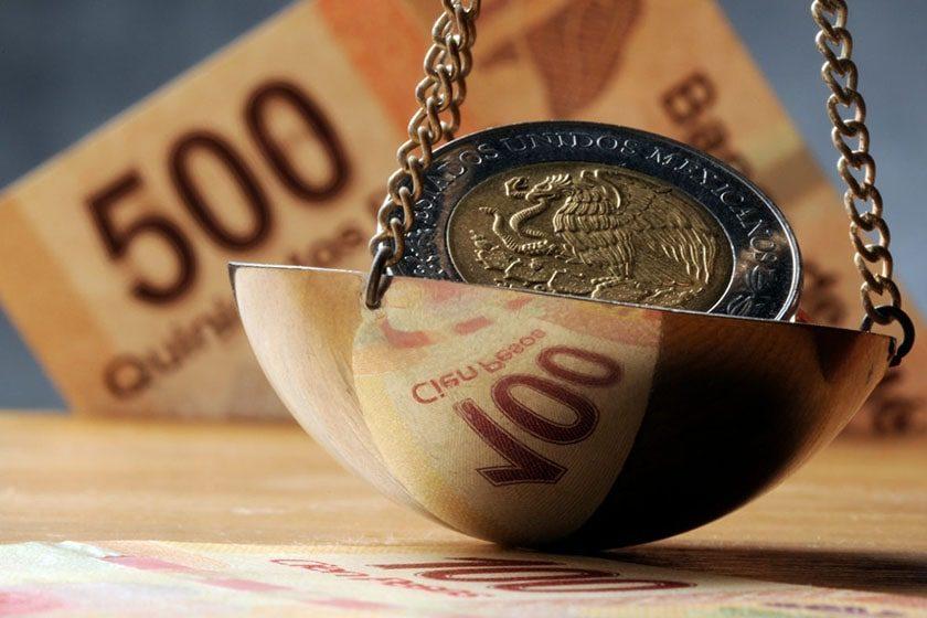 bolsa y dinero