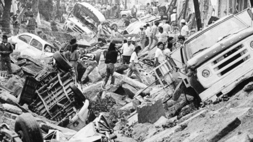 explosiones alcantarillado guadalajara 1992