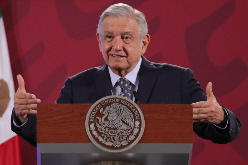 Llama López Obrador salir del confinamiento