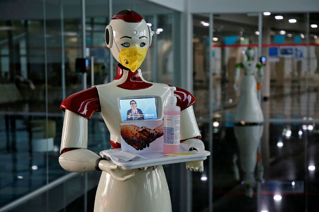 robots y coronavirus