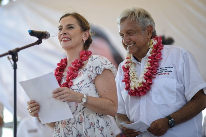 López Obrador y Gutiérrez Muller AMLO marca registrada