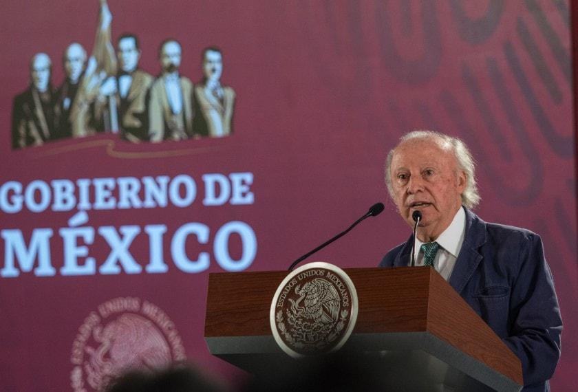 Renuncia Víctor Manuel Toledo a la Semarnat