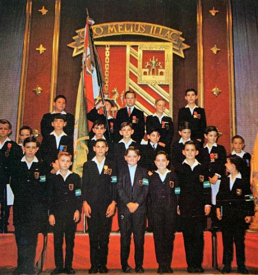 Escudo del Instituto Patria