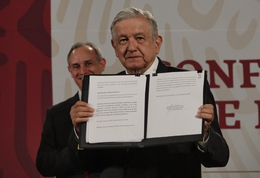 Presenta AMLO solicitud al Senado para juicio a expresidentes