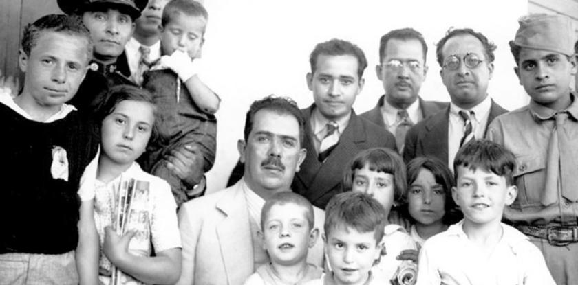 Cárdenas con los Niños de Morelia
