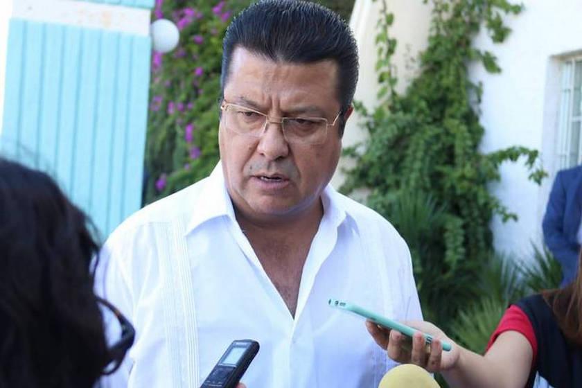 Presidente Municipal Armando Cabada