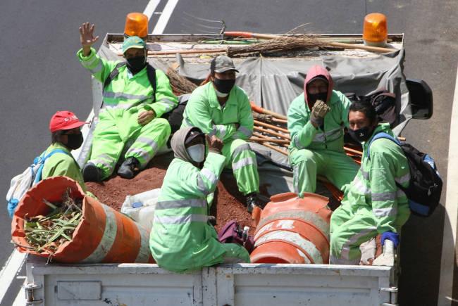 trabajadores limpia
