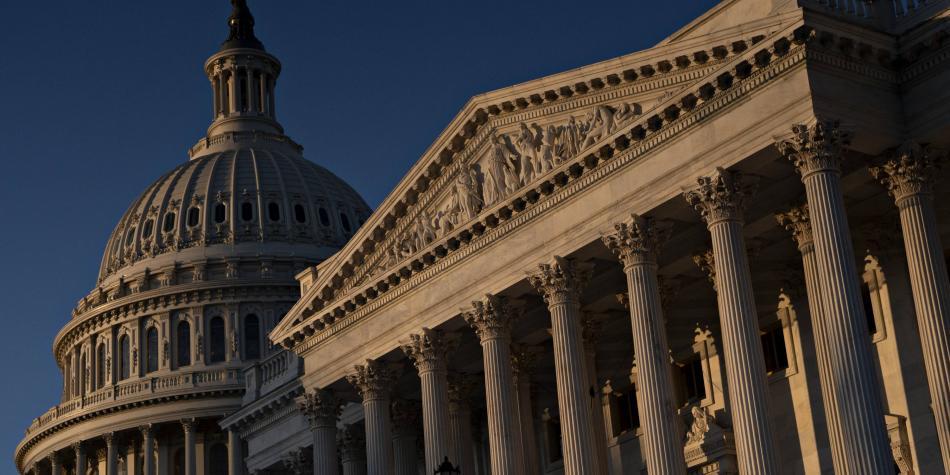 Cámara de Representantes enviará al Senado el artículo de juicio político a Trump el lunes