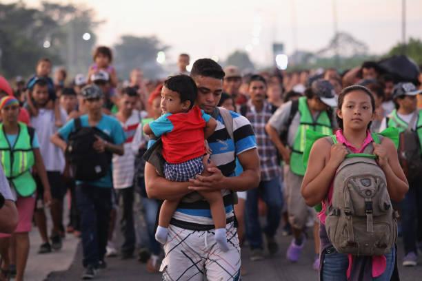 Caravana migrante se dirige a Estados Unidos