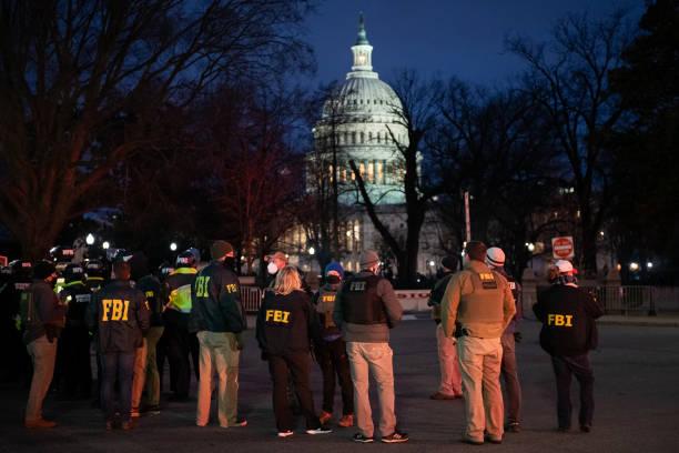 FBI y Demócratas advierten de insurrección