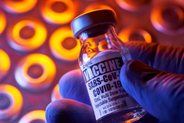 Irán prohibe vacunas de Estados Unidos e Irán