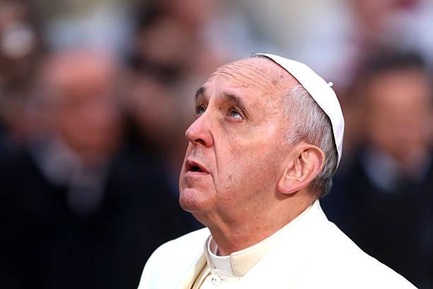 Papa Francisco reza por víctimas del Capitolio