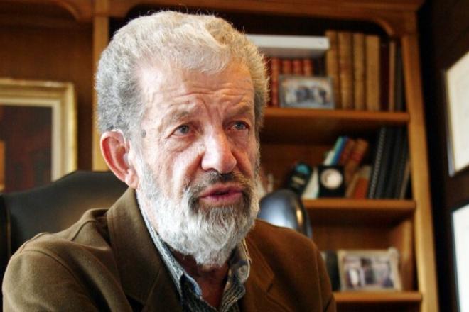 Nestor de Buen Lozano.