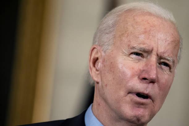 Demócratas avanzan en la aprobación de paquete económico de Biden