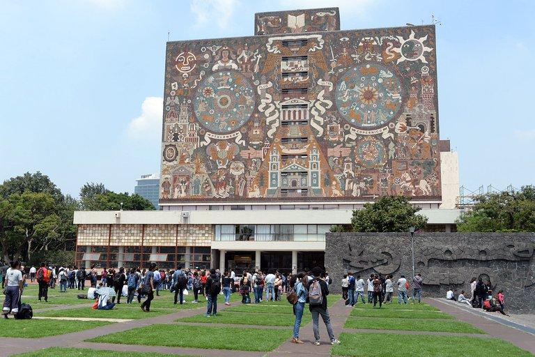 UNAM aplaza exámenes hasta mayo